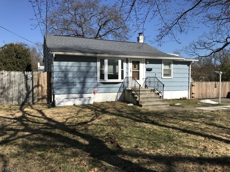 Single Family Home for Sale at 36 Landvale Rd Spotswood, New Jersey 08884 United States