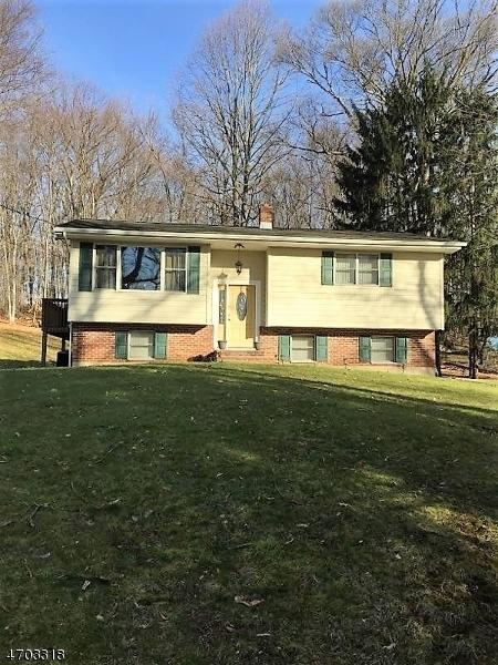 Частный односемейный дом для того Аренда на 92 Parks Road Denville, Нью-Джерси 07834 Соединенные Штаты