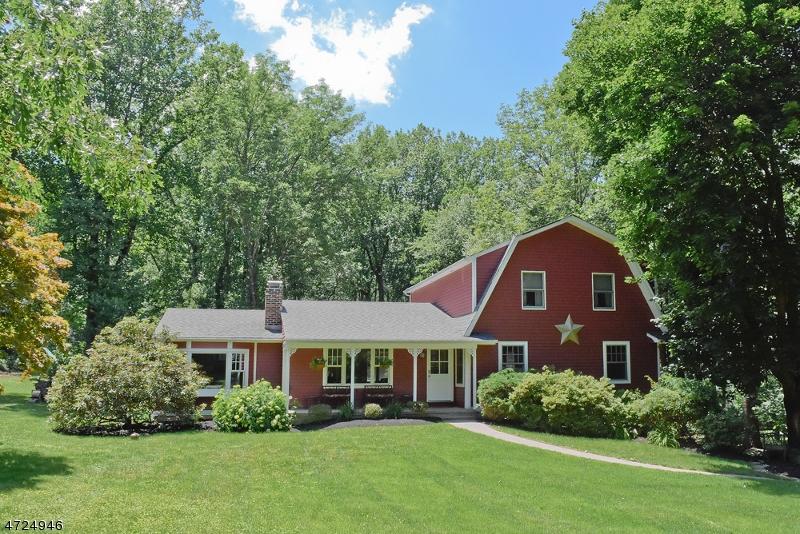 Nhà ở một gia đình vì Bán tại 89 Hillside Road 89 Hillside Road Chester, New Jersey 07930 Hoa Kỳ