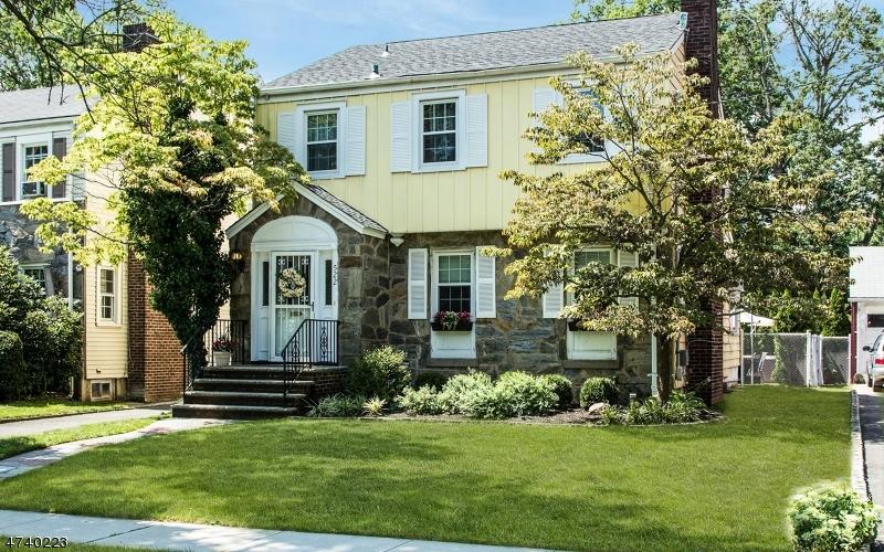 Casa Unifamiliar por un Venta en 522 Jefferson Avenue Rahway, Nueva Jersey 07065 Estados Unidos