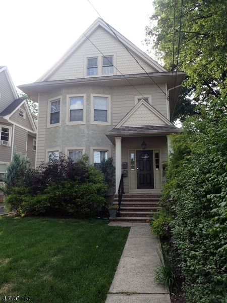 Single Family Home for Rent at 20 Summit Ave, UNIT 1 Summit, New Jersey 07901 United States