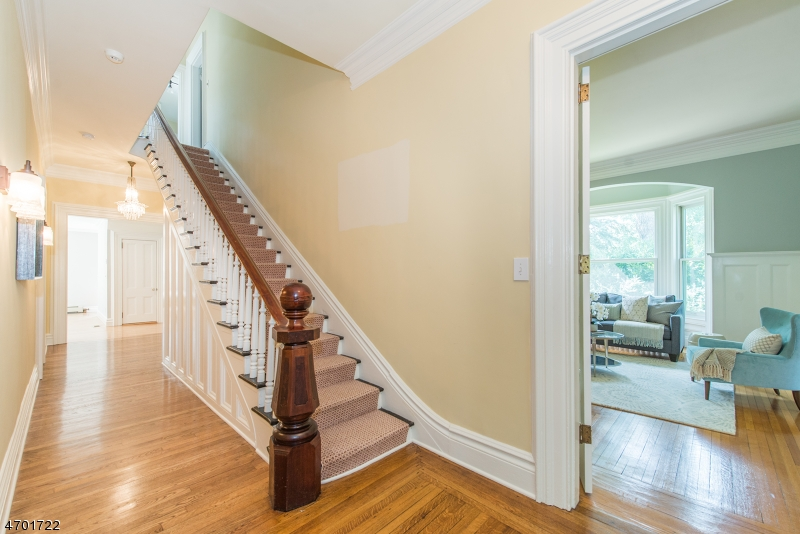 Additional photo for property listing at 138 Noe Avenue  Chatham, New Jersey 07928 United States