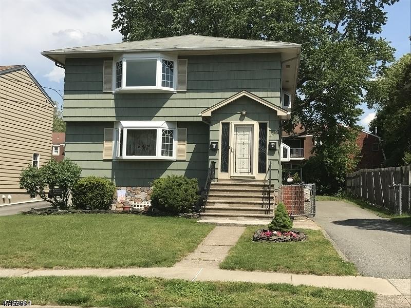 Casa Unifamiliar por un Alquiler en 449 Midland Avenue Pompton Lakes, Nueva Jersey 07442 Estados Unidos