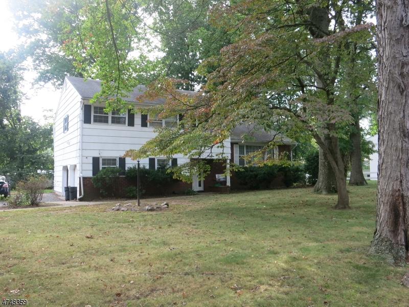 独户住宅 为 出租 在 15 Cambridge Road 东汉诺威, 新泽西州 07936 美国
