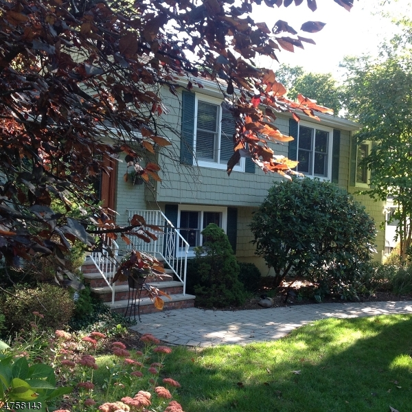 Single Family Home for Sale at 59 E Oak Street Ramsey, New Jersey 07446 United States
