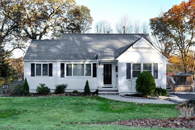Single Family Home for Sale at 270 Kinderkamack Road Hillsdale, New Jersey 07642 United States