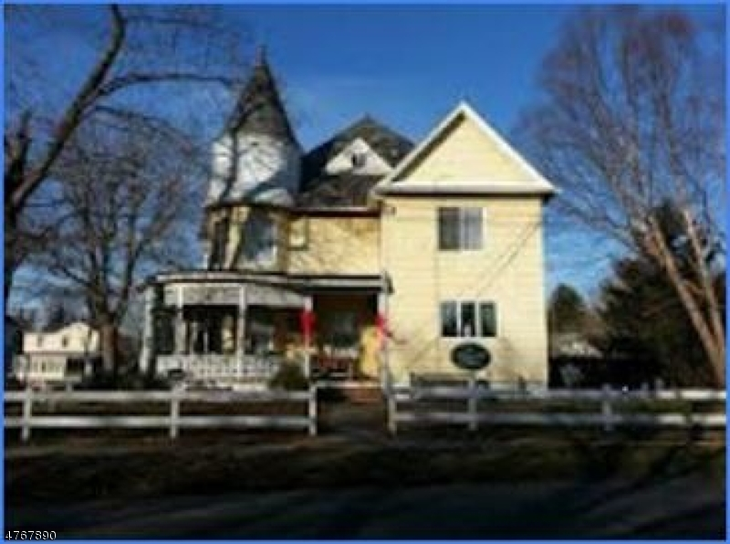 Single Family Home for Rent at 602 Harrison Street Frenchtown, New Jersey 08825 United States