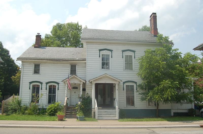 Flerfamiljshus för Försäljning vid 86 MAIN Street 86 MAIN Street Newton, New Jersey 07860 Usa