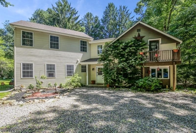Частный односемейный дом для того Продажа на 52 FLOCKTOWN Road Washington, Нью-Джерси 07853 Соединенные Штаты