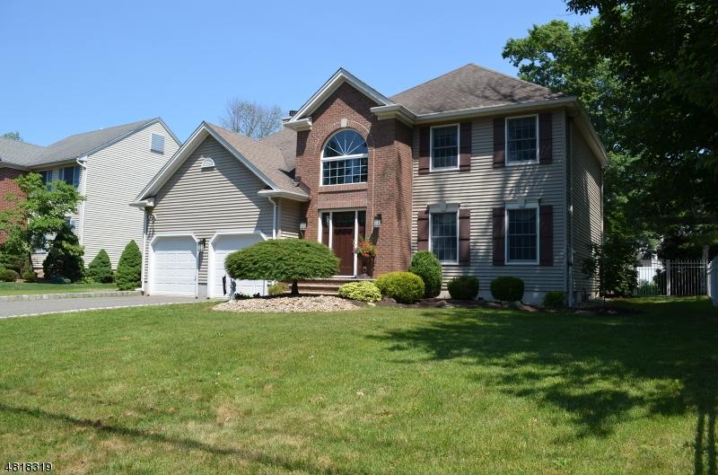 Casa Unifamiliar por un Venta en Address Not Available Morris Plains, Nueva Jersey 07950 Estados Unidos
