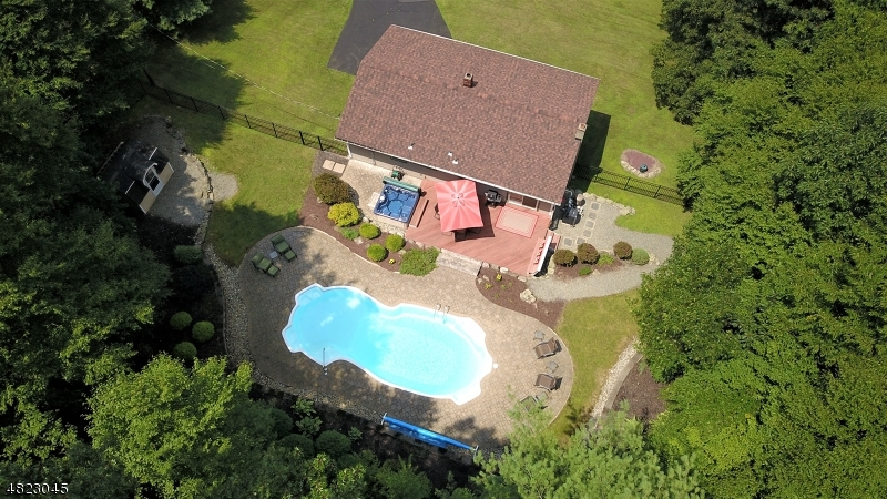 Single Family Home for Sale at 116 STATESVILLE QUARRY Road Lafayette, New Jersey 07848 United States