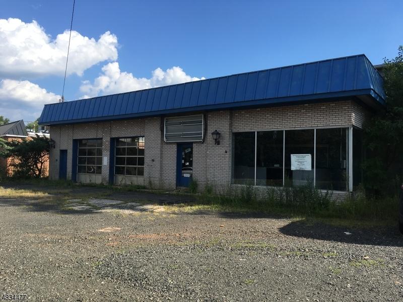 Property pour l Vente à 340 UNION Avenue Somerville, New Jersey 08876 États-Unis