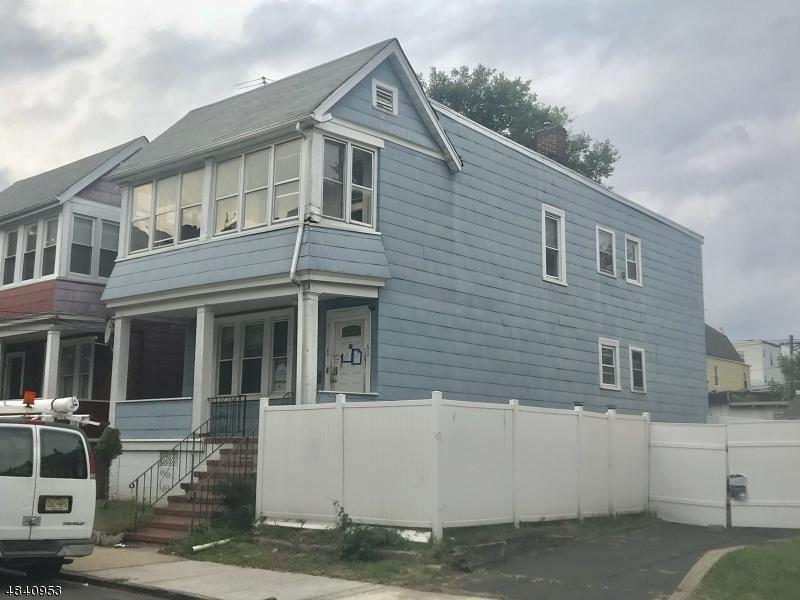 Κτίριο με ξεχωριστά διαμερίσματα για πολλές οικογένειες για την Πώληση στο 60 LESLIE Place Irvington, Νιου Τζερσεϋ 07111 Ηνωμενεσ Πολιτειεσ