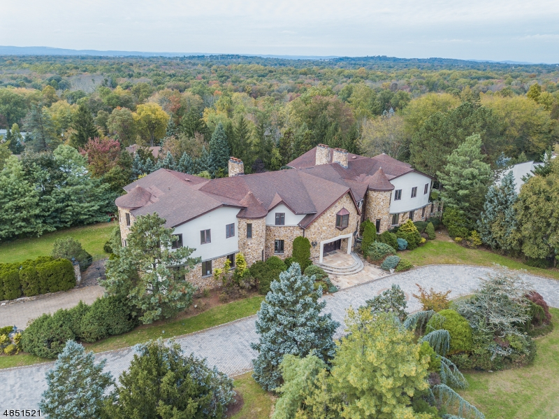 Single Family Home for Sale at 10 NOTCH HILL Drive Livingston, New Jersey 07039 United States