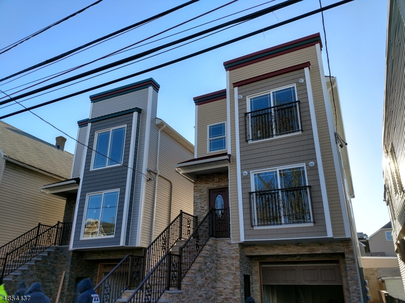 Villas / Townhouses for Sale at 70 ERIE ST 70 ERIE ST Elizabeth, New Jersey 07206 United States
