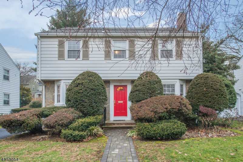 Single Family Home for Sale at 28 EMERSON TER Bloomfield, New Jersey 07003 United States