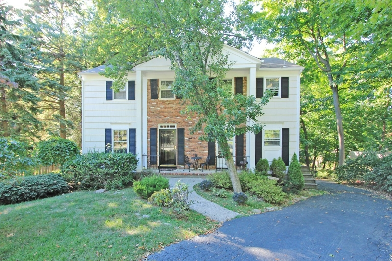 Single Family Home for Sale at 25 WILSON TER West Caldwell, New Jersey 07006 United States