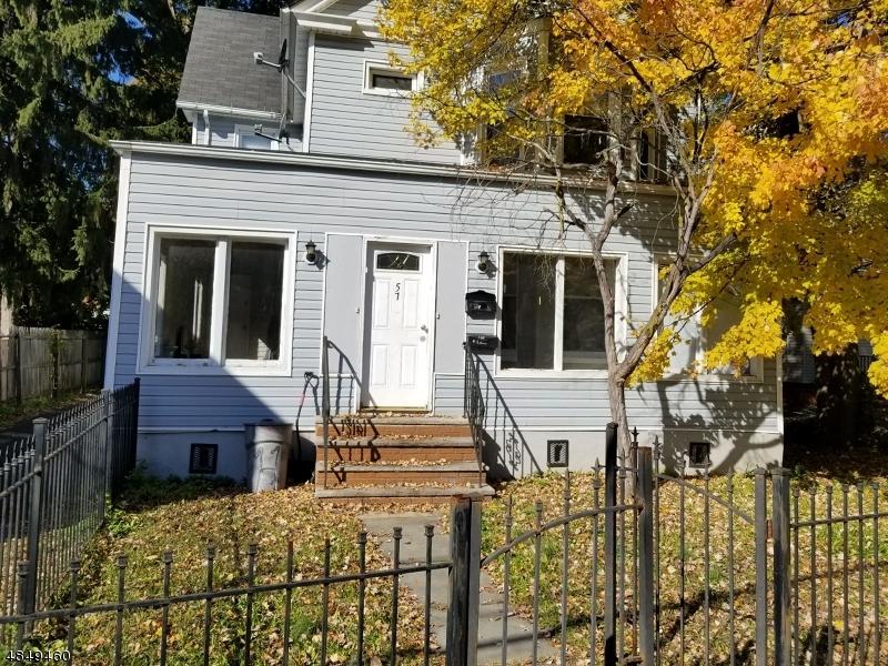 Maison avec plusieurs logements pour l Vente à 57 HILLYER Street Orange, New Jersey 07050 États-Unis