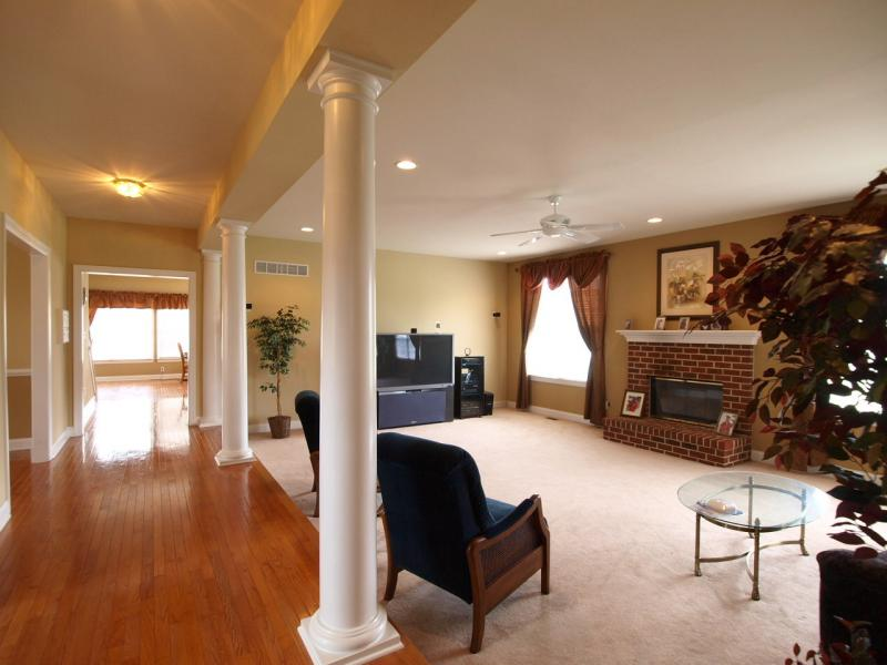 Additional photo for property listing at  Raritan, New Jersey 08822 États-Unis