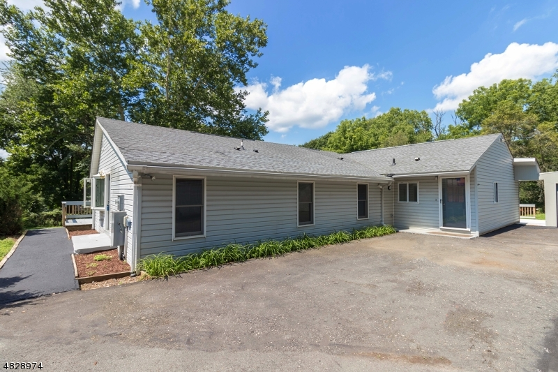 Property のために 売買 アット Kingwood, ニュージャージー 08825 アメリカ