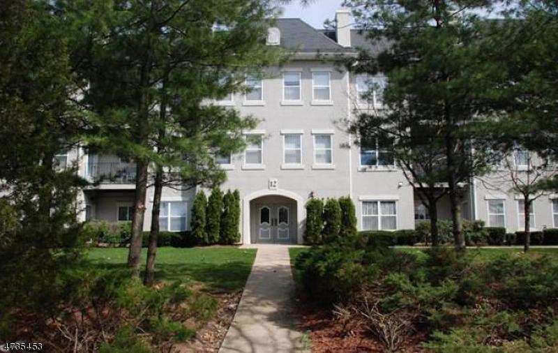 Condominio/ Casa de pueblo por un Alquiler en Wayne, Nueva Jersey 07470 Estados Unidos