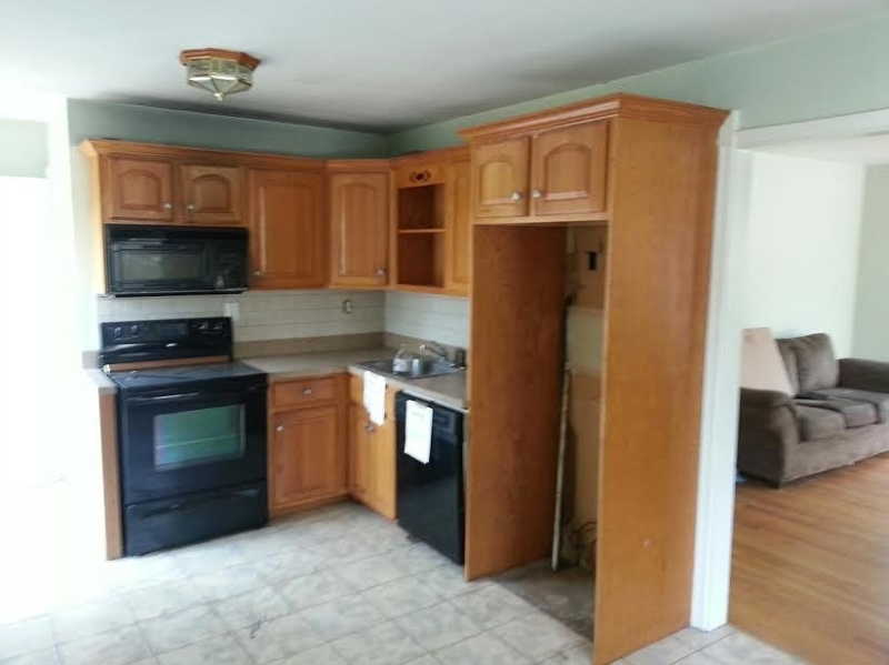 Additional photo for property listing at 226 Windsor Avenue  Hopatcong, New Jersey 07843 United States
