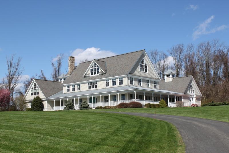 Casa Unifamiliar por un Venta en 46 Haytown Road Clinton, Nueva Jersey 08833 Estados Unidos