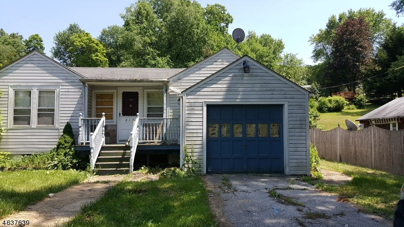 Single Family Home for Sale at 217 Main Street Ogdensburg, New Jersey 07439 United States