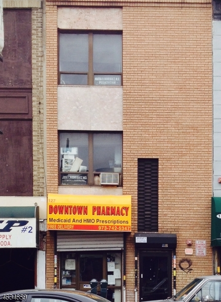 Additional photo for property listing at 127 MAIN Street  Paterson, Нью-Джерси 07503 Соединенные Штаты