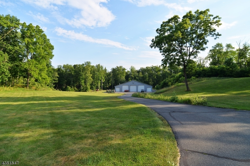 Additional photo for property listing at 760 County Road 519  Blairstown, Nueva Jersey 07825 Estados Unidos