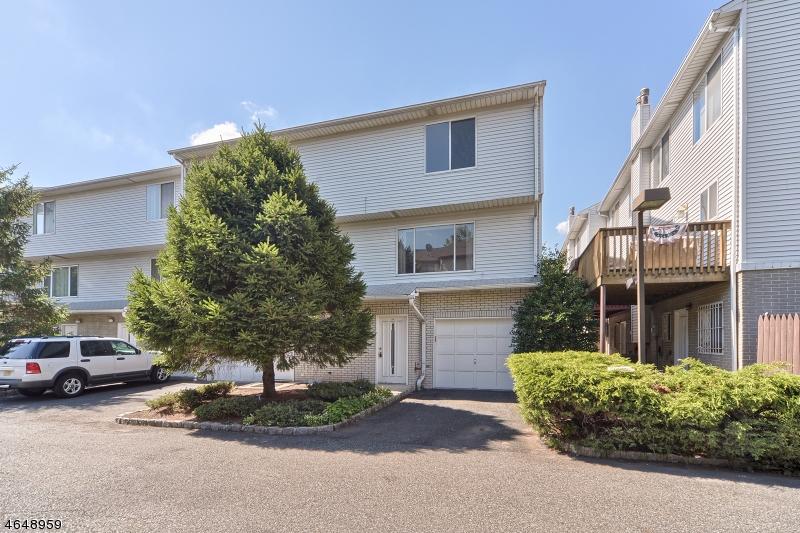 Casa Unifamiliar por un Venta en 404-406 CHESTNUT Street Newark, Nueva Jersey 07105 Estados Unidos