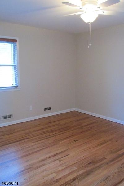 Additional photo for property listing at 826 Lehigh Avenue  Union, Nueva Jersey 07083 Estados Unidos