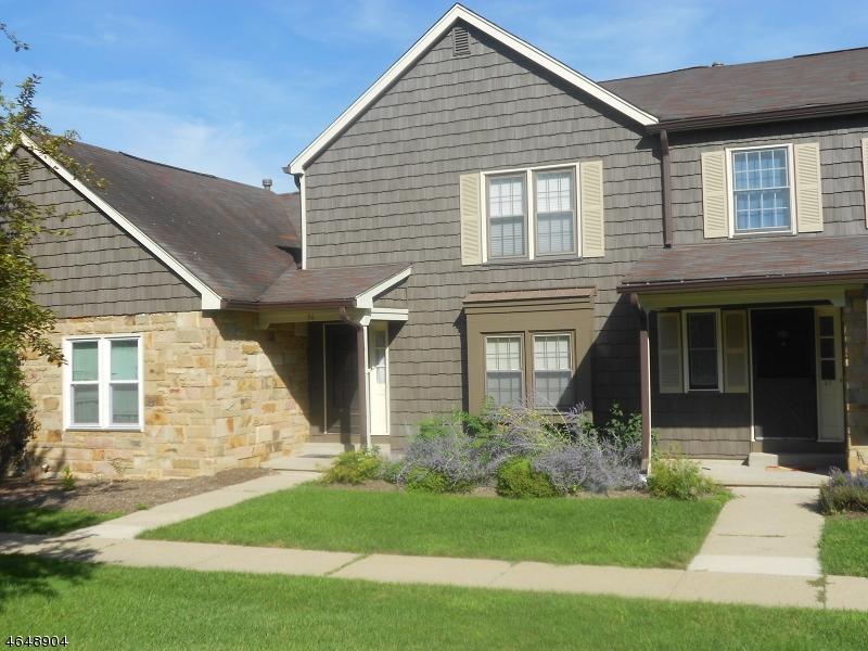 Частный односемейный дом для того Аренда на 36 Purple Martin Drive Hackettstown, 07840 Соединенные Штаты
