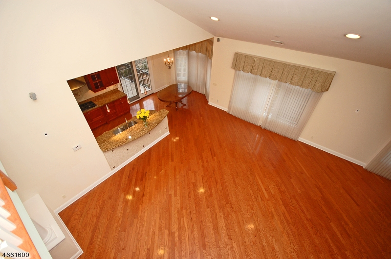 Additional photo for property listing at 45-7 S PASSAIC Avenue  Chatham, Nueva Jersey 07928 Estados Unidos