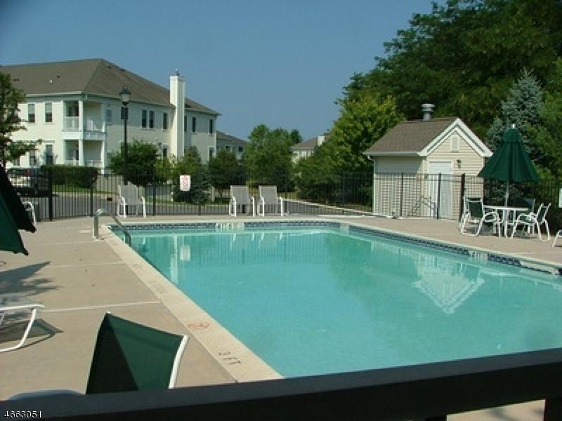 Additional photo for property listing at 5008 Brookfield Glen Drive  Belvidere, Нью-Джерси 07823 Соединенные Штаты