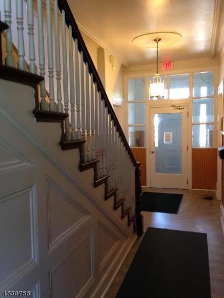 Additional photo for property listing at 420 Front Street  Belvidere, Нью-Джерси 07823 Соединенные Штаты