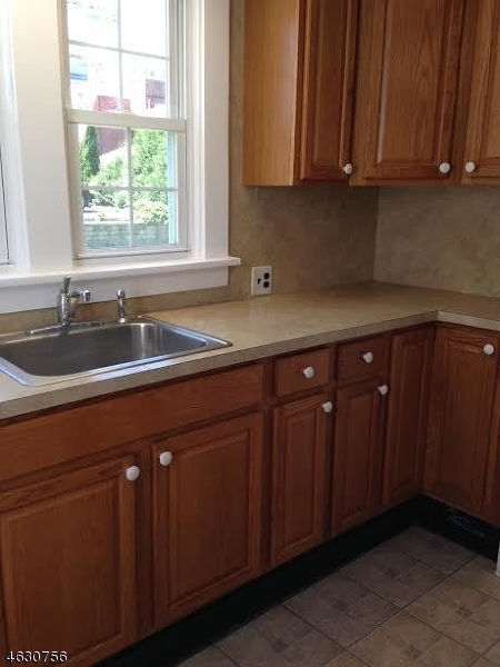 Additional photo for property listing at 420 Front Street  Belvidere, New Jersey 07823 États-Unis