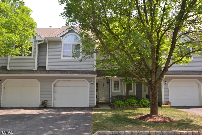 Частный односемейный дом для того Аренда на 63 Davenport Road Montville, 07045 Соединенные Штаты