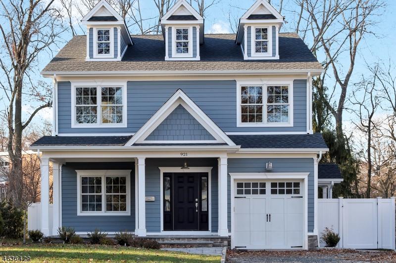 独户住宅 为 销售 在 921 Harding Street 韦斯特菲尔德, 新泽西州 07090 美国
