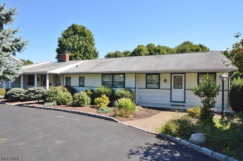 Частный односемейный дом для того Продажа на 46 Ridgedale Avenue Florham Park, 07932 Соединенные Штаты