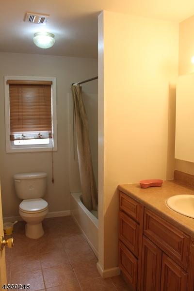 Additional photo for property listing at 4 Diven Street  Springfield, Нью-Джерси 07081 Соединенные Штаты