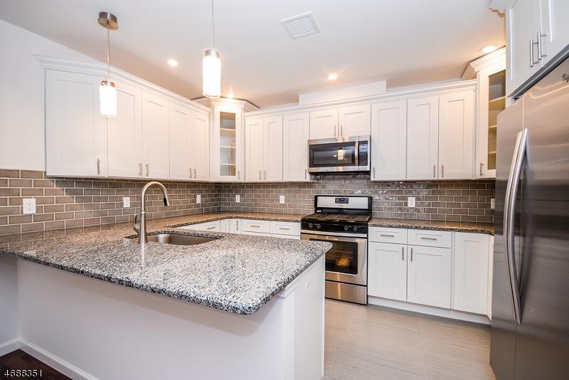 独户住宅 为 出租 在 101 Millburn Avenue Maplewood, 新泽西州 07040 美国
