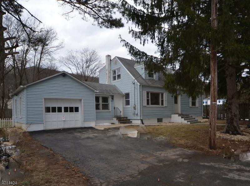 Casa Unifamiliar por un Venta en 12 KINGS PKWY Ledgewood, Nueva Jersey 07852 Estados Unidos