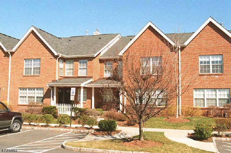 Частный односемейный дом для того Аренда на Haynes Court Hillsborough, Нью-Джерси 08844 Соединенные Штаты