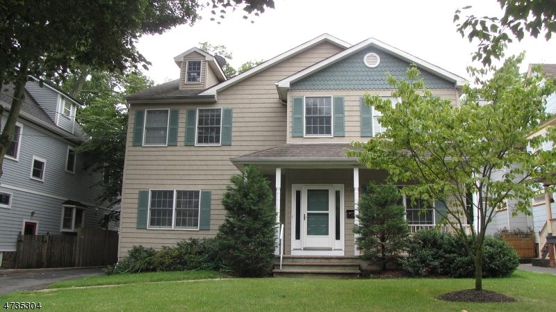 Casa Unifamiliar por un Alquiler en 204 Lorraine Avenue Montclair, Nueva Jersey 07043 Estados Unidos