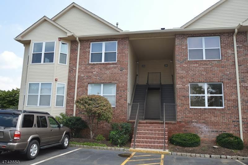 独户住宅 为 出租 在 28 Joseph Drive 东汉诺威, 新泽西州 07936 美国