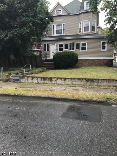 Maison avec plusieurs logements pour l Vente à 71 Lenox Avenue 71 Lenox Avenue East Orange, New Jersey 07018 États-Unis