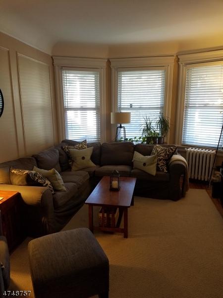 独户住宅 为 出租 在 14 Gould Place Caldwell, 新泽西州 07006 美国