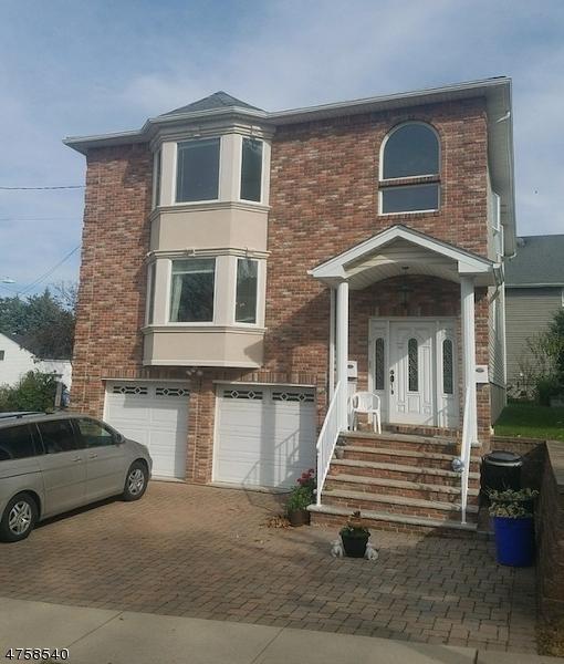 独户住宅 为 出租 在 545 Summit Avenue Carlstadt, 新泽西州 07072 美国