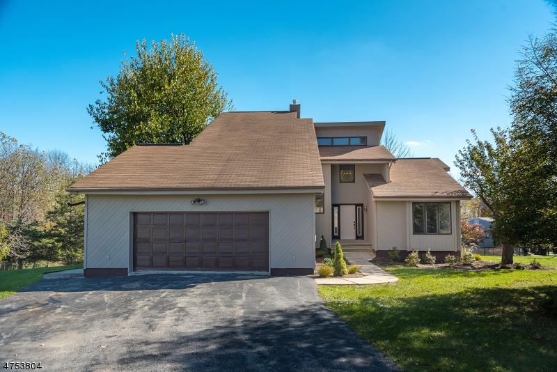 Частный односемейный дом для того Продажа на 7 Telfer Drive Vernon, Нью-Джерси 07418 Соединенные Штаты